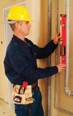 Строительный уровень используется при строительных, ремонтных и отделочных работах